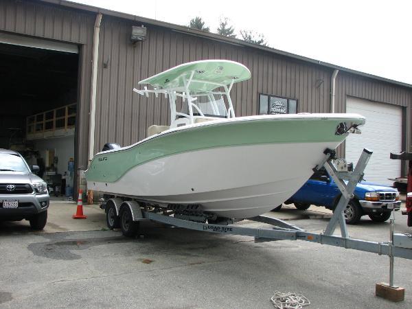 Sea Fox 266 Commander Starboard Bow