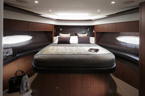 Princess V72 Forward Cabin