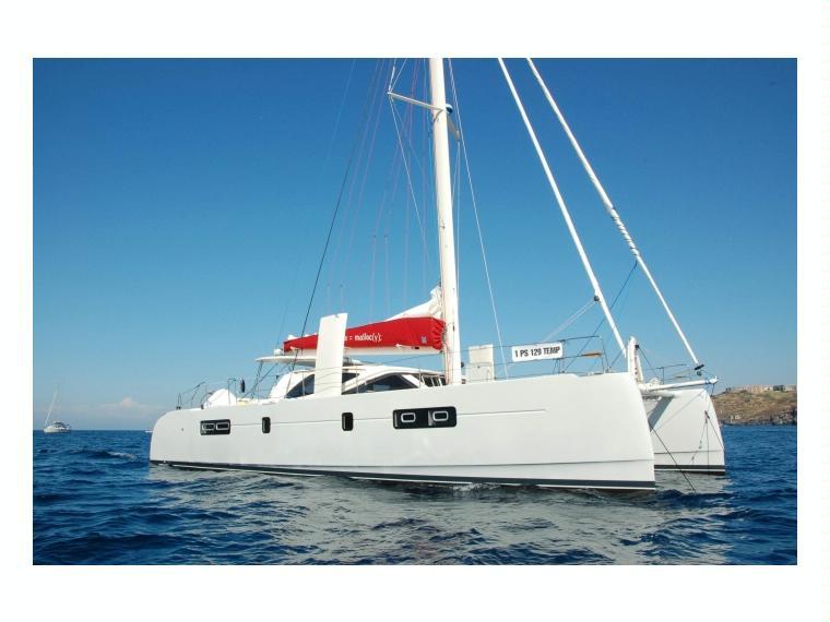 MATTIA MATTIA 52'  Catamarano