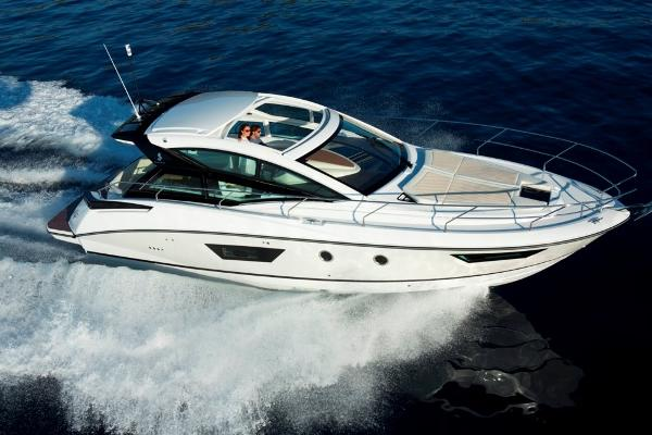 Beneteau Gran Turismo 40 - In Stock
