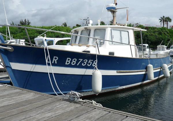 Rhea Marine rhea 900