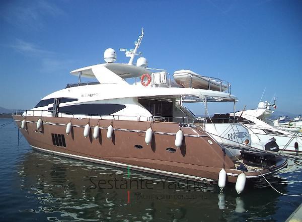 Princess 95 Motor Yacht DSC06929