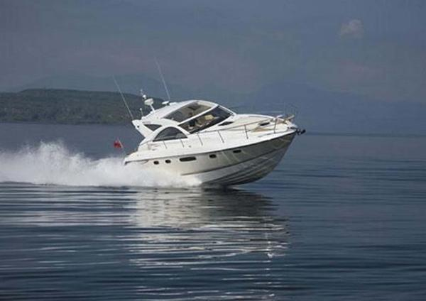 Fairline Targa 44 Fairline Targa 44