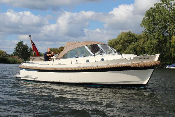 Intercruiser 27 Cabin