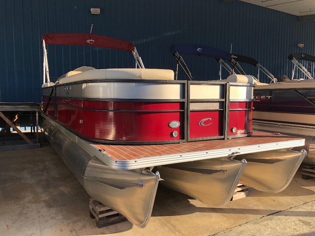 Crest Pontoon Boats Crest II 250 SLC