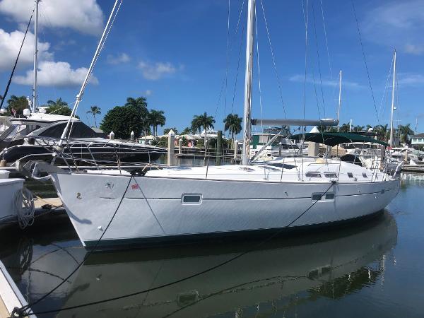 Beneteau 423 Port Profile