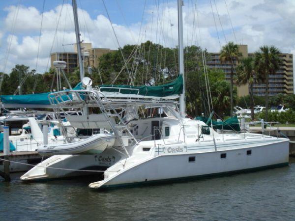 Manta Endeavour 42 Sail Catamaran Oasis