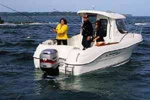 Quicksilver 580 Pilothouse Manufacturer Provided Image: 580 Pilothouse