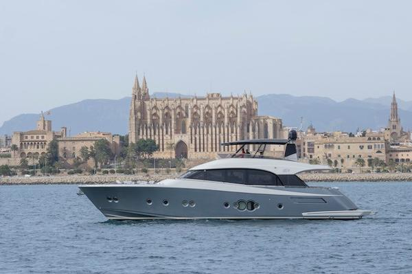 Monte Carlo Yachts MCY 76 Monte Carlo Yacht  MCY 76