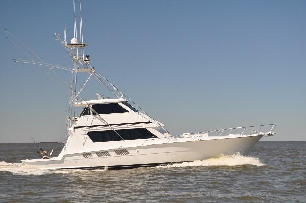 Hatteras 65 Enclosed Bridge