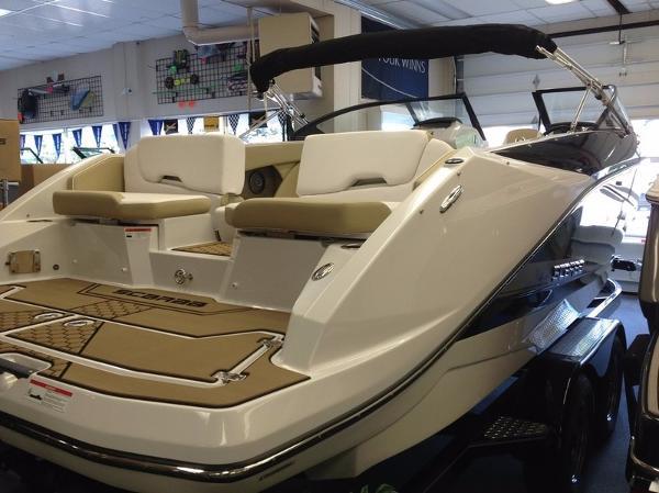Scarab 255 Platinum SE
