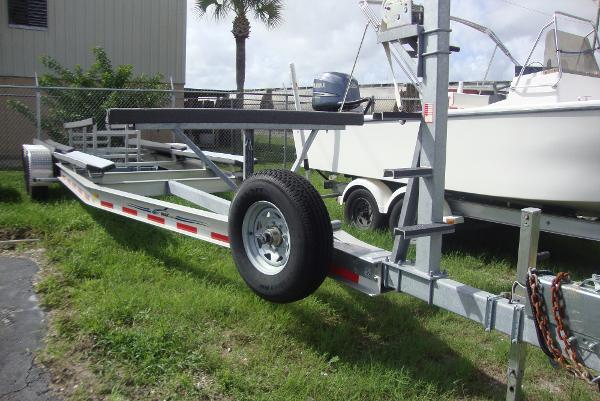 Magic Tilt Trailer Catamaran