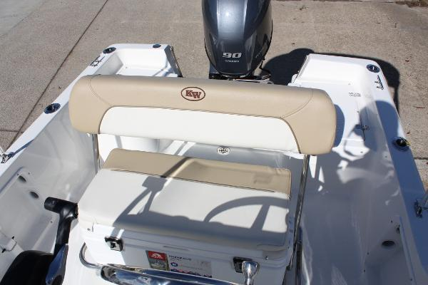 Key West 1720 Center Console