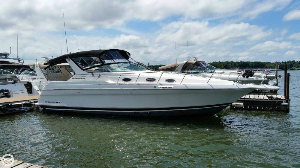 Wellcraft Martinique 3600 1997 Wellcraft 3600 Martinique for sale in Huron, NY
