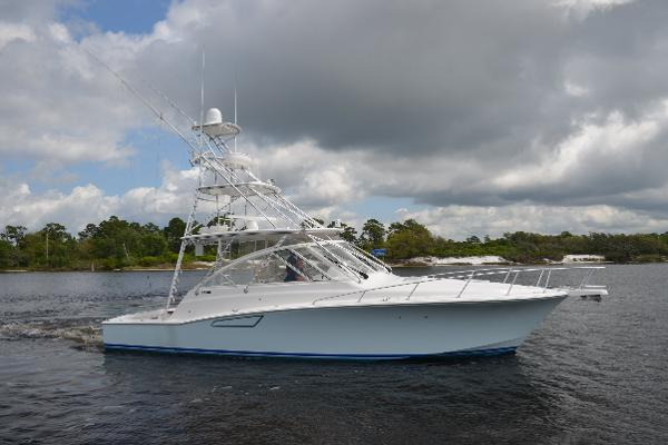 Cabo Yachts 44 Express