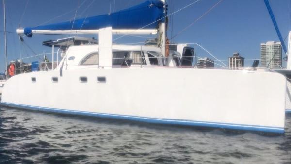 Dolphin Ocema 42