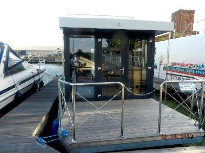 Houseboat Hausboot HB300