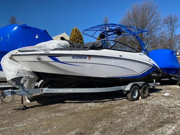 Yamaha Boats 24X
