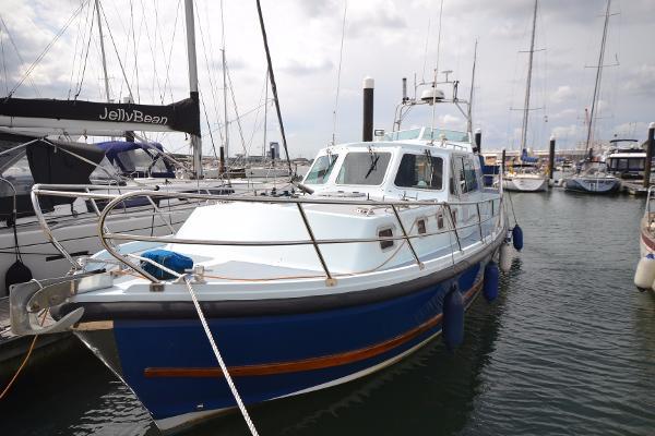 Aquastar Oceanranger 38 Aft Cabin