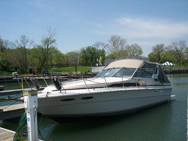 Sea Ray 340 Sea Ray Port