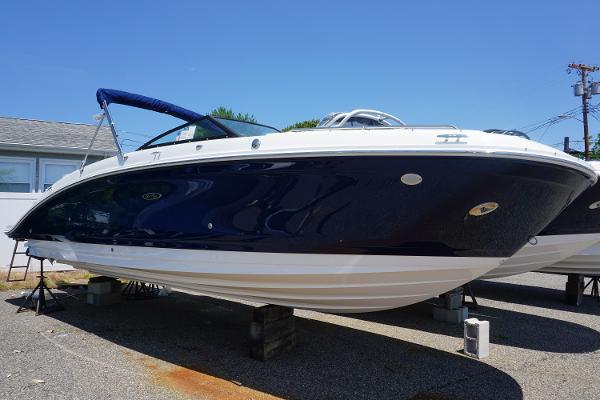 Sea Ray SDX 270 Outboard