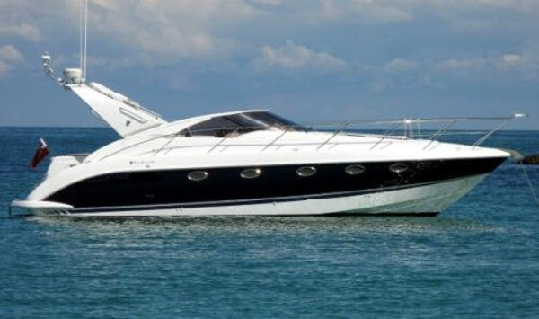 "Fairline Targa 40 ""Sistership"" Photo"