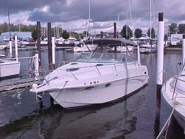 Crownline 290 CR 2001 290 CR Dockside View