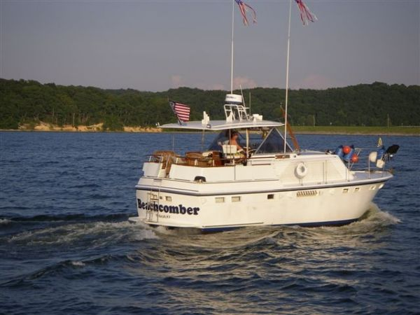 Hatteras 38 Double Cabin Photo 1