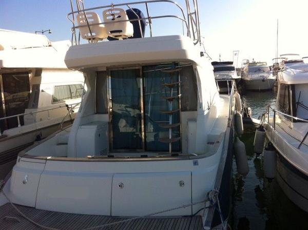 Beneteau Antares 12 fly