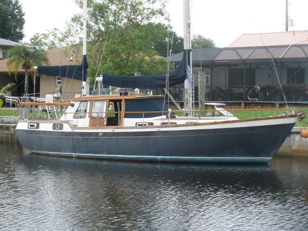 Nauticat Motorsailor Ketch Rig