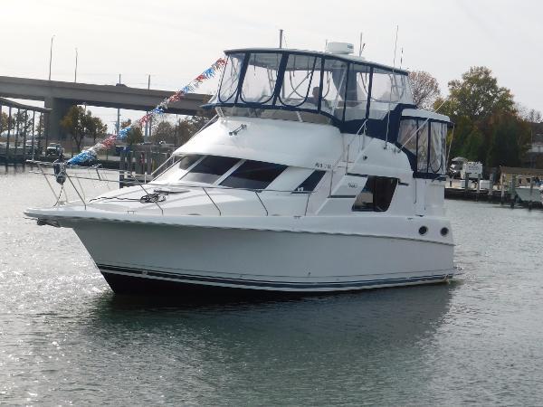 Silverton 372/392 Motor Yacht Silverton 372