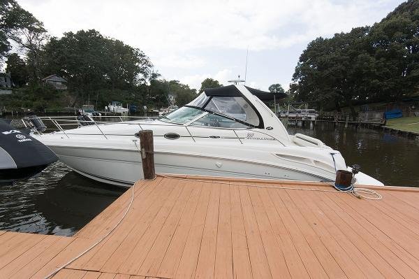 Sea Ray 360 Sundancer Port Side
