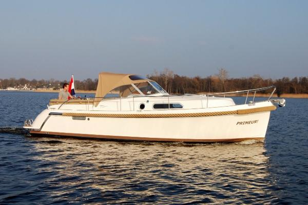Intercruiser 32 Intercruiser 32
