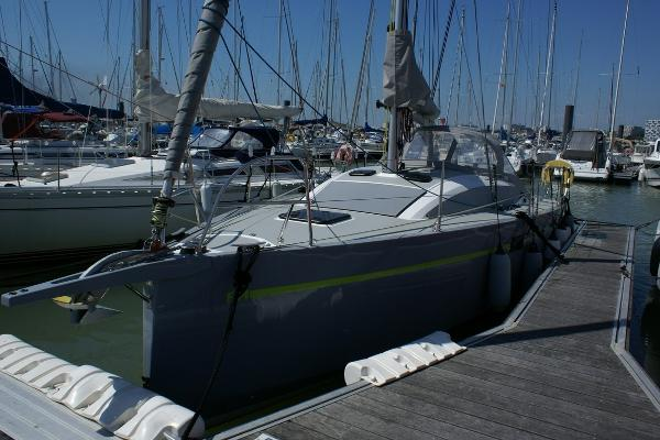 RM Yachts RM 890