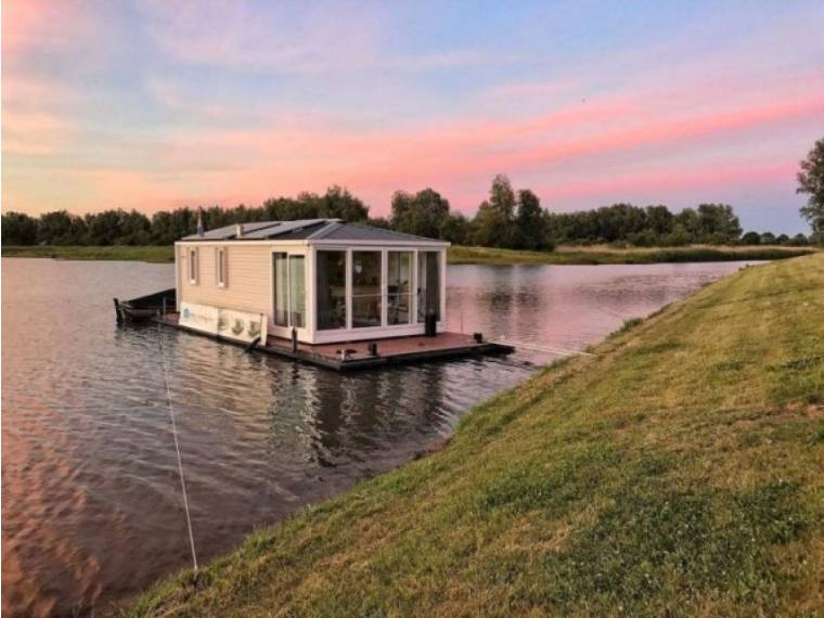 Aquahome Houseboat STE