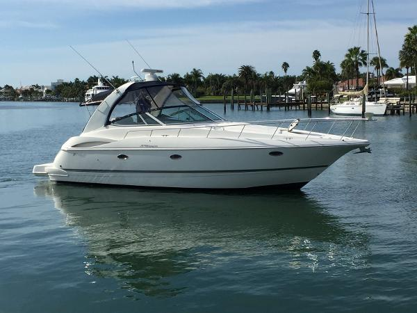 Cruisers Yachts 370 Express Profile