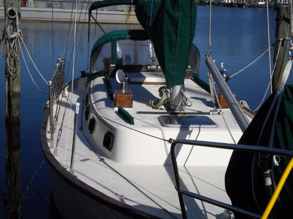 Southern Cross double ender/cutter starboard deck, looking aft