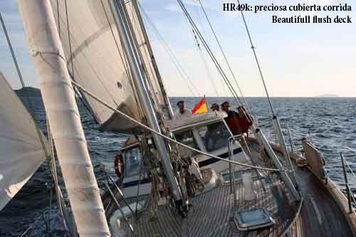 Hallberg Rassy 49 Deck 1
