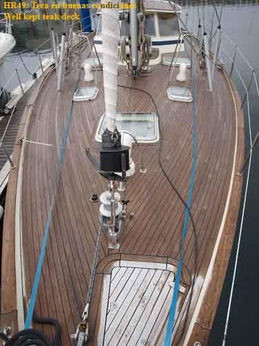 Hallberg Rassy 49 Deck 2