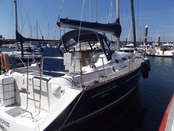 Beneteau Oceanis Clipper 393 Beneteau Oceanis 393 Clipper