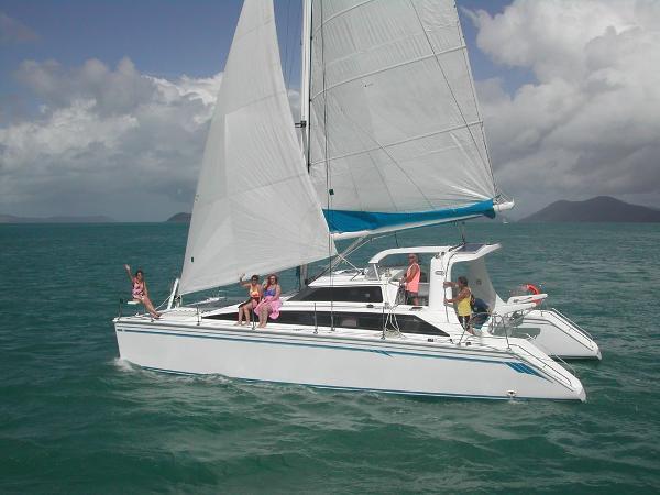 Perry 43 Sailing Catamaran Fun family yacht