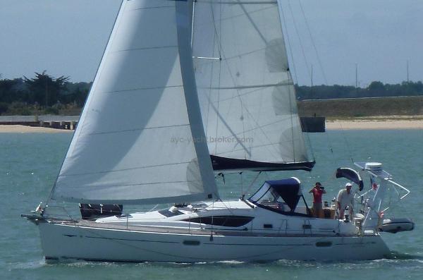 Jeanneau Sun Odyssey  42 DS Sun Odyssey 42 DS - AYC Yachtbrokers