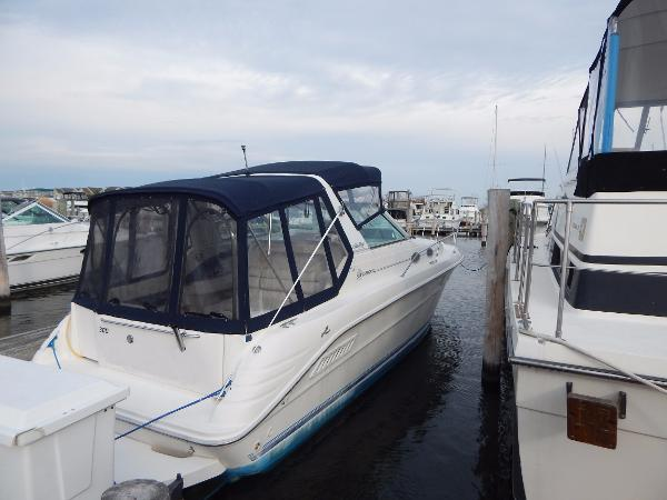 Sea Ray 300 Sundancer Stbd. Side