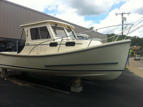 Eastern Boats 248 Explorer