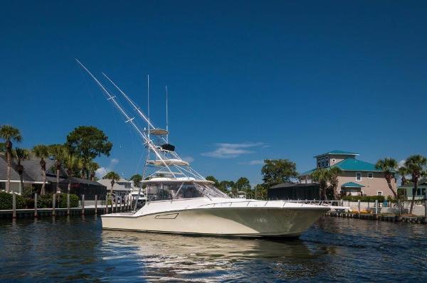 Cabo yachts 45' Express Los Suenos Edition Starboard Profile