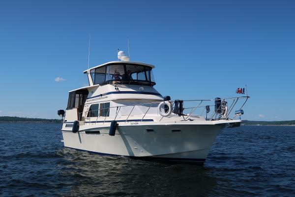 Chris-Craft 426 Catalina