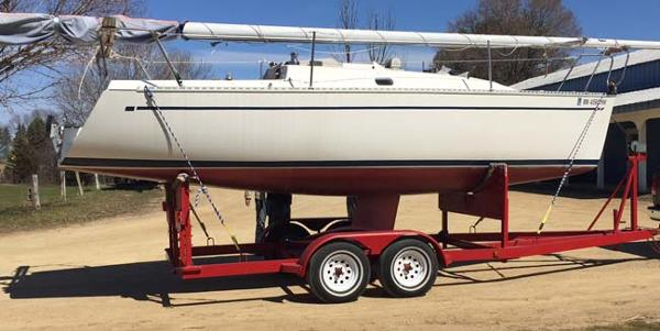Freedom Yachts 24 Sloop Starboard side on the trailer
