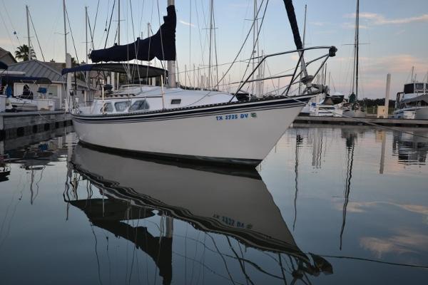 Newport 28 MKII