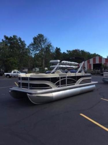 Sylvan 8522 Cruise LE