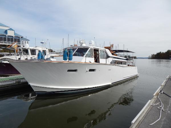 Chris-Craft Roamer Offshore 38